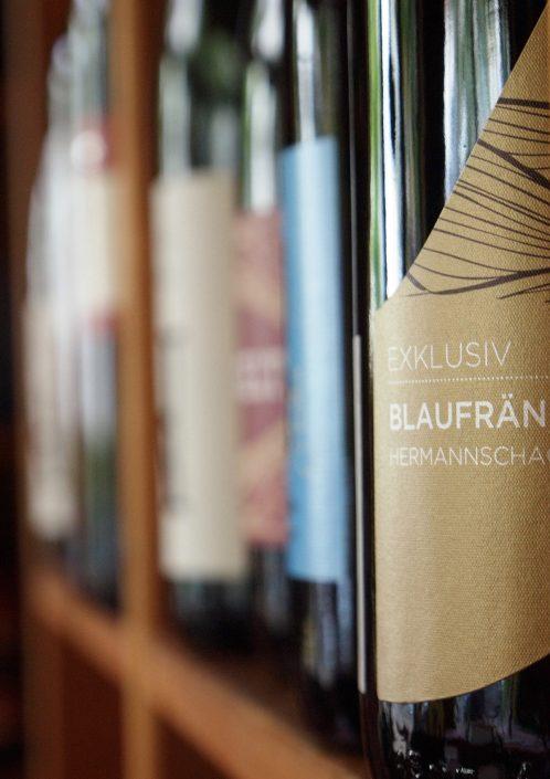 Weine aus verschiedenen österreichischen Regionen